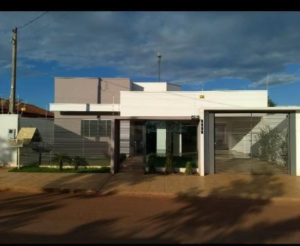 Casa de 165 m² com área gourmet e piscina em Espigão D' Oeste/Rondônia