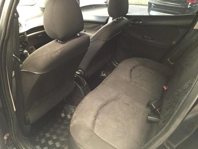 Peugeot 207 1.4 XR - Repasse   Abaixo FIPE - Foto 5