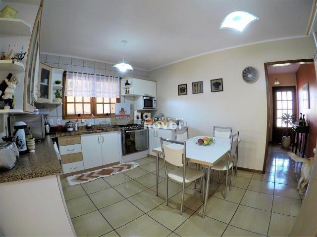 Casa à Venda no Bairro Parque Pinheiro 4 Dorm, Lareira, Churrasqueira, Piscina - Foto 8