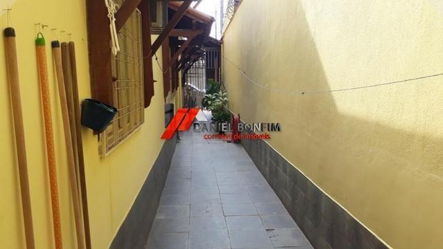 02 casas edificadas em lote de 360 m2 - no bairro N.S das Graças - Foto 17