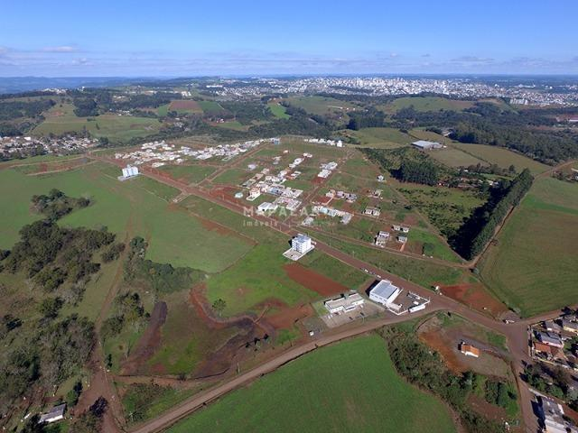 Vende-se terrenos de esquina de 450m² no Loteamento Colina Verde