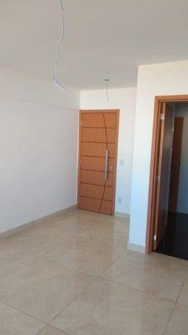 Apartamento com área privativa à venda, 3 quartos, 1 suíte, 3 vagas, Castelo - Belo Horizo