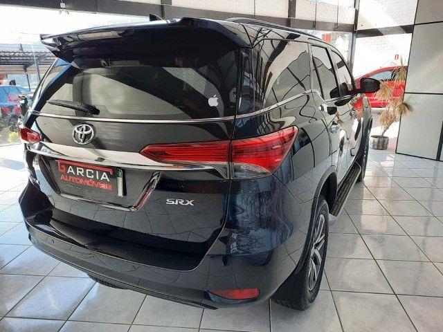 Toyota Hilux SW4 SRX - Foto 4