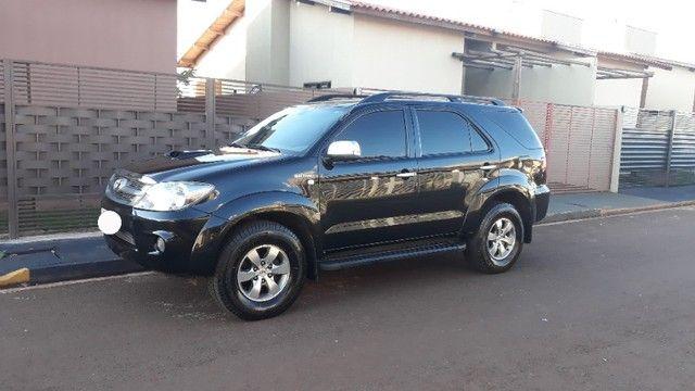 Toyota Hilux SW4 TDI 3.0 4x4 Diesel - Foto 2