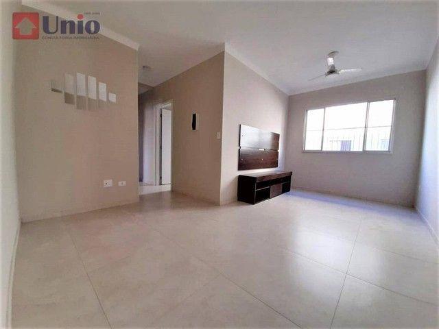 Apartamento com 3 dormitórios à venda, 72 m² por R$ 164.000 - Morumbi - Piracicaba/SP