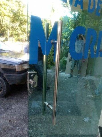 Porta de vidro 10mm 2 peças 1.55x2.50 cada - Foto 4