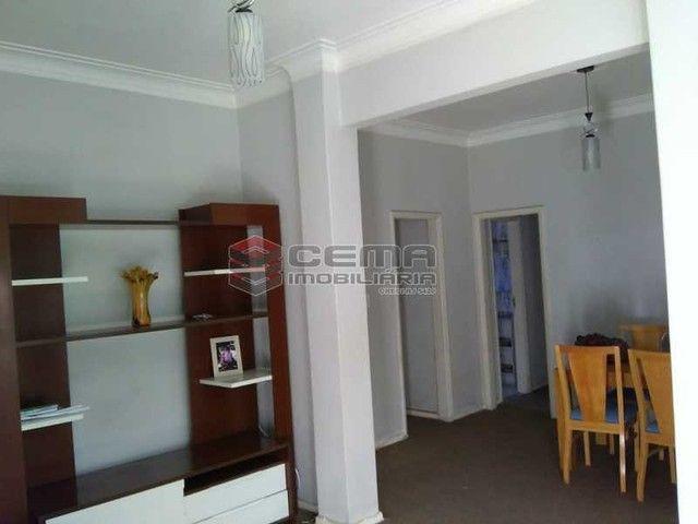Apartamento à venda com 3 dormitórios em Flamengo, Rio de janeiro cod:LAAP32278