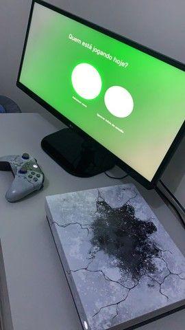 Xbox One x versão gears 5  - Foto 2