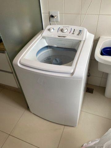 Máquina de lavar roupas nova