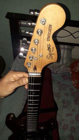 Guitarra squier deluxe  - Foto 4