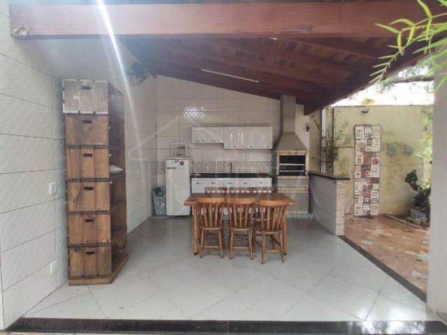 Casa à venda com ótimo quintal no Jardim Paraná - Foto 13