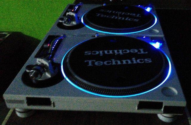 Par de Toca Discos Technics Mk3d Customizadas Em M5g super novas único dono. - Foto 2