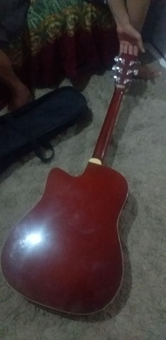 Vende-se violão antigo desde 1900 - Foto 2
