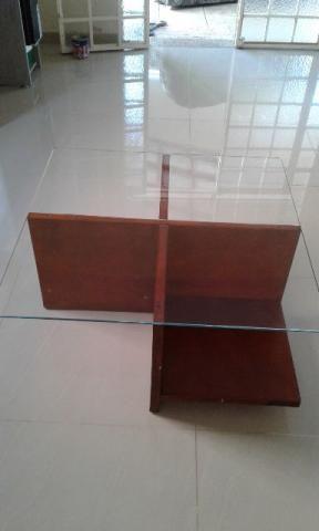 Mesa centro de madeira e vidro, ótimo estado