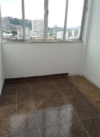 Apartamento 2 quartos com quarto de empregada. próximo UERJ e Maracanã
