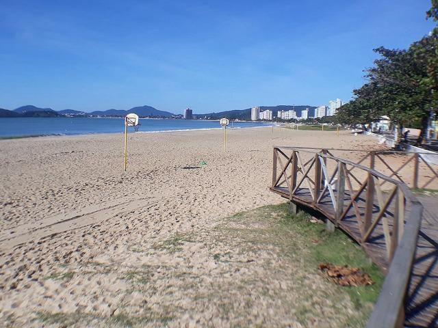 Belíssimo sobrado Novo- Pronto p/ Verão em Balneário Piçarras - Oportunidade! - Foto 4