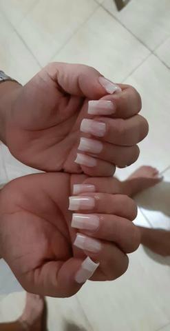 ALONGAMENTO de unhas manicurecure e pedicure adomecilio desaigne de sobrancelha