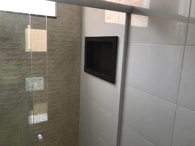 Casa nova 150m em condomínio fechado - suite - closet - area de churrasco - Foto 4
