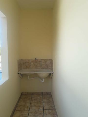 Alugo apto grande de 01 quarto com área de serviço/ 1ºandar-Conj:Araturi novo - Foto 6