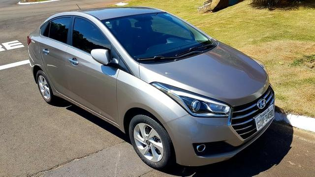 Hyundai HB20s 2017 Premium, AT 6 marchas, couro, garantia 2021, revisado