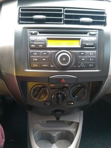 Nissan Livina 1.8 2010 Câmbio Automático - Foto 14