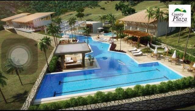Terrenos parcelados em Condomínio Fechado no Country Plaza em Solânea PB