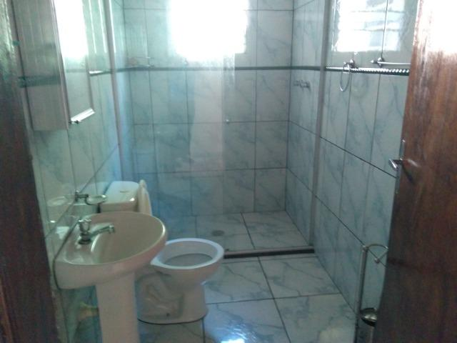 Chácara com casa de alto padrão e com linda e imensa piscina.(Tel. *) - Foto 12