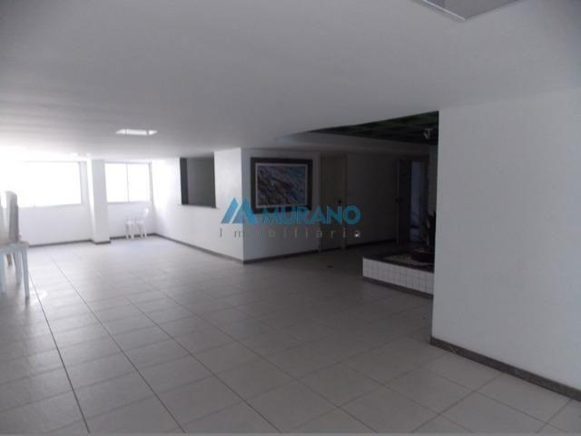 CÓD. 2347 - Murano Imobiliária aluga apto 03 quartos em Praia da Costa - Vila Velha/ES - Foto 2