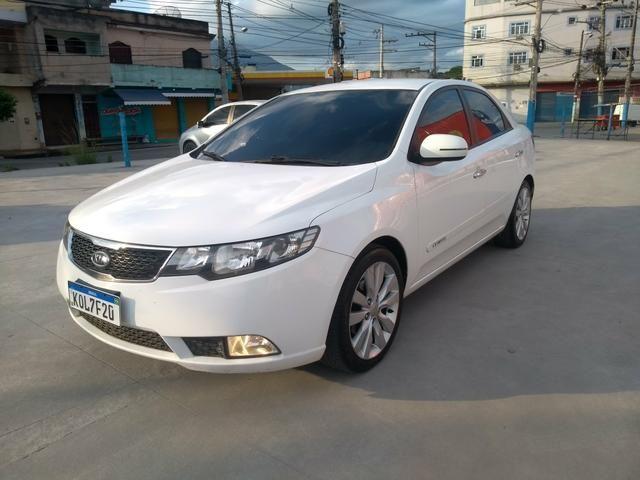 Kia Motors Cerato 1 6 16v Aut  2012