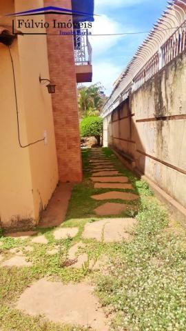 Excelente sobrado rústico, 04 quartos em piso de madeira, 03 banheiros - Foto 14