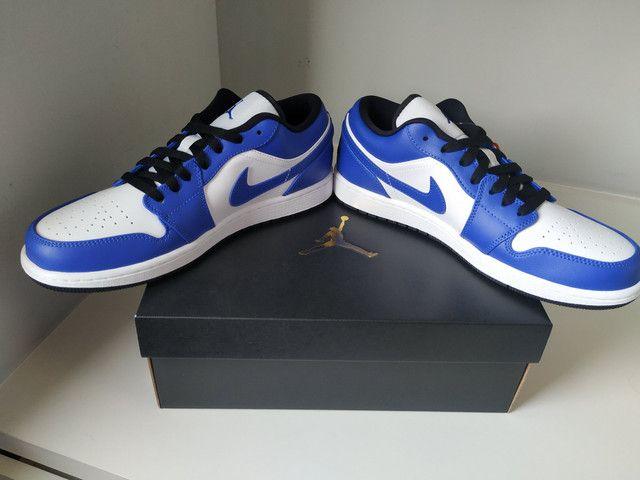 air jordan 1 mid royal blue