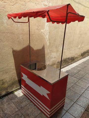 Máquina de algodão doce Pinheiro + Barraca