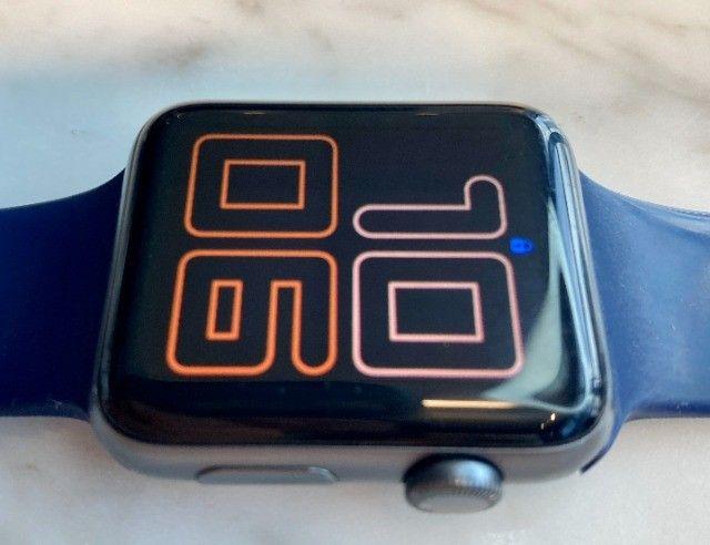 Apple Watch Serie 3 - GPS - 42mm com cabo carregador