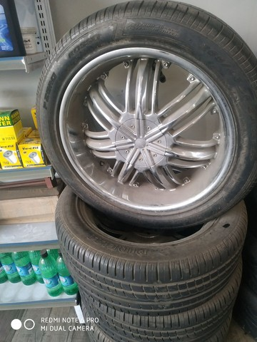 Pneus e rodas semi novos ,serve na capitiva ou for ranger - Foto 3