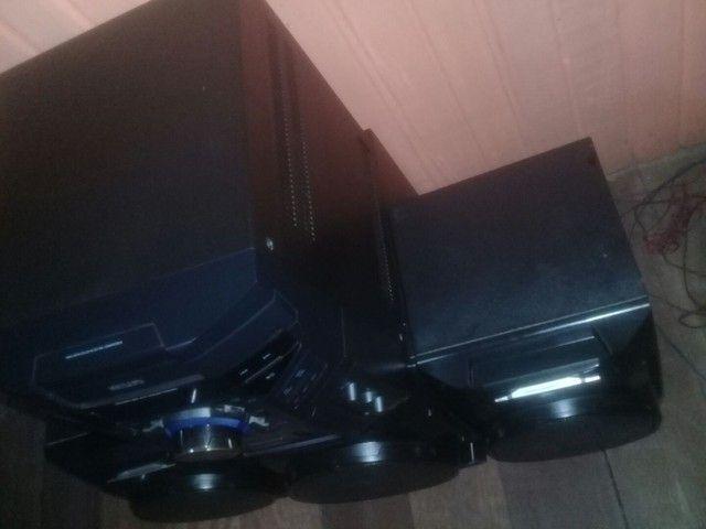 Som Philips potente semi Novo 600w de 3 caixas - Foto 2