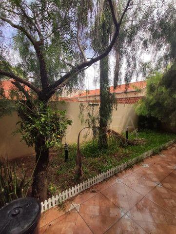 Casa à venda com ótimo quintal no Jardim Paraná - Foto 17
