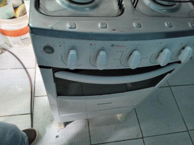Vendo fogão automático +geladeira + cama box 700 - Foto 3