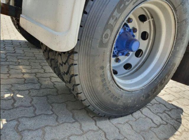 Caminhão Scania P 330 - Foto 4