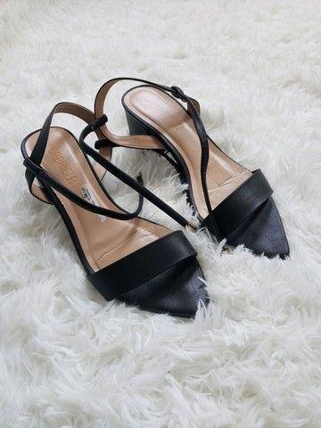Sapato salto baixo quadrado  - Foto 3
