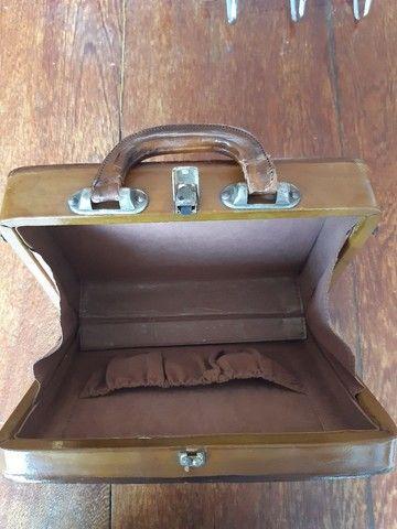 Bolsa de couro em formato de maleta - Foto 2