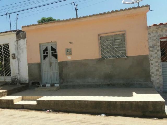 Vende - se casa em São Sebastião - AL