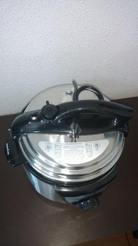 Panela de pressão elétrica Mondial 220v nova nunca usada