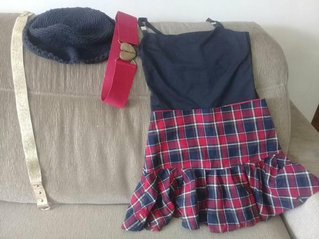 Kit de 5 peças com saia escocesa 10 a 12 anos