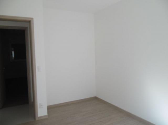 Apartamento 4 quartos, varanda, elevador, 2 vagas livres em condomínio inteligente. - Foto 6