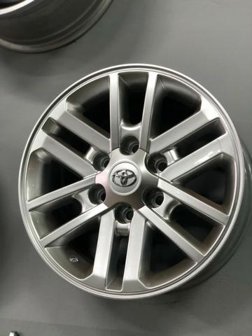 Rodas Aro 17 Toyota Hilux Original SRV Pintura Hiper Prata - Foto 14