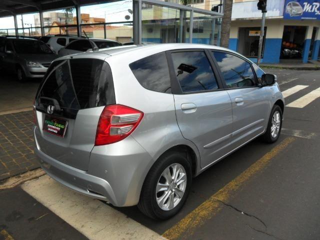 Honda Fit Lx 1.4 câmbio automático 12/13, conservado. Vende/troca/financia - Foto 3