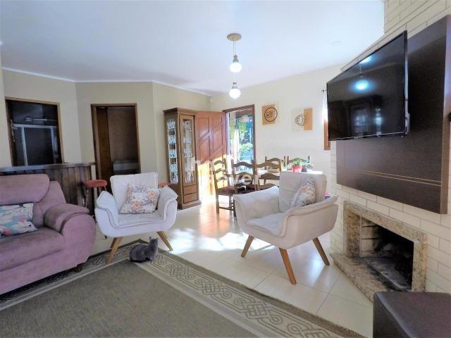 Casa à Venda no Bairro Parque Pinheiro 4 Dorm, Lareira, Churrasqueira, Piscina - Foto 5