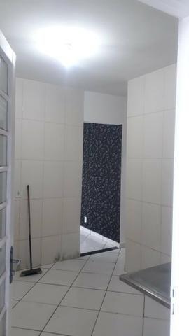 Linda Casa Laje Esquina Ao Lado do Centro, 02 Quartos - Foto 6
