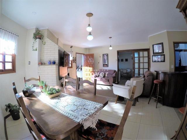 Casa à Venda no Bairro Parque Pinheiro 4 Dorm, Lareira, Churrasqueira, Piscina - Foto 7