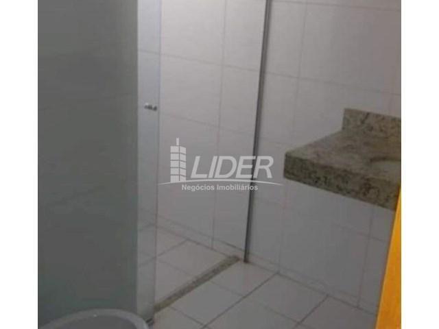 Casa de condomínio para alugar com 2 dormitórios em Saraiva, Uberlândia cod:864946 - Foto 9